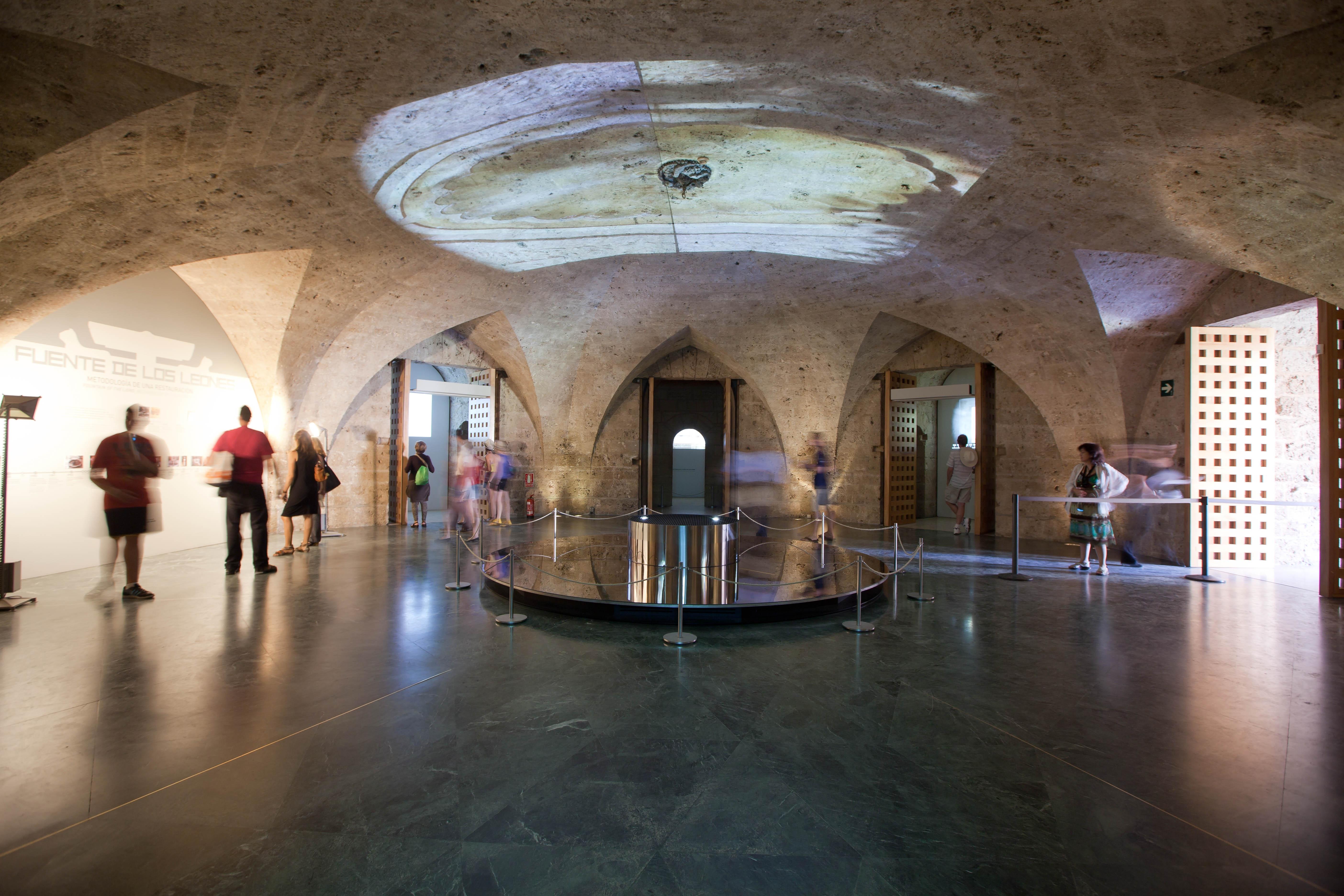 Más de 350.000 personas visitan la exposición sobre la restauración de la Fuente de los Leones