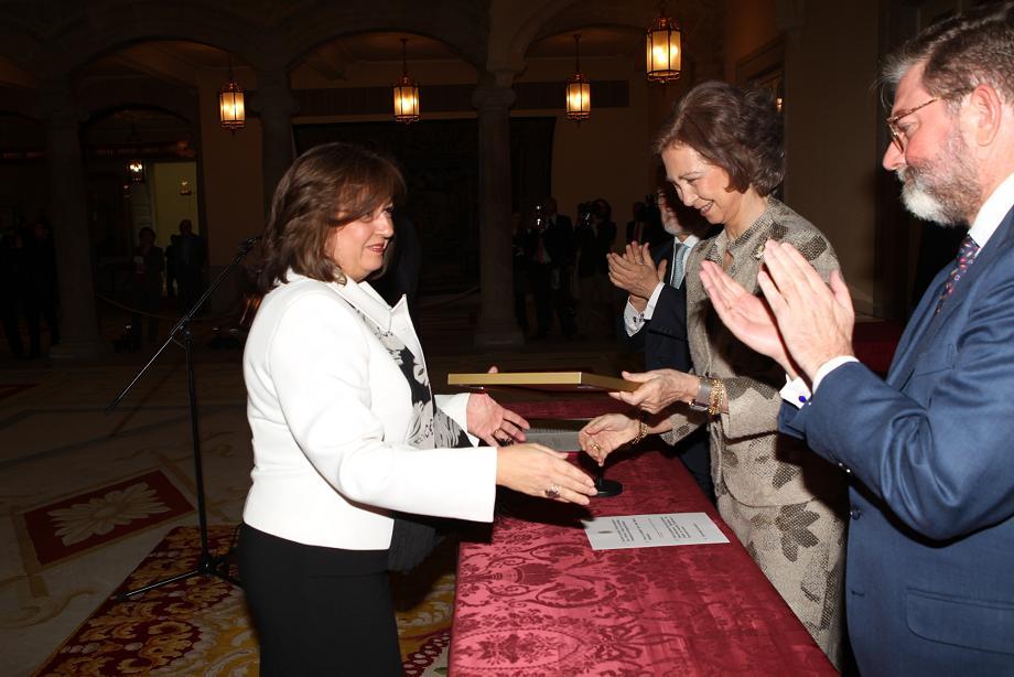 La Reina Doña Sofía entrega a la Alhambra una mención especial en los Premios Unión Europea/Europa Nostra por el Plan Director del Monumento