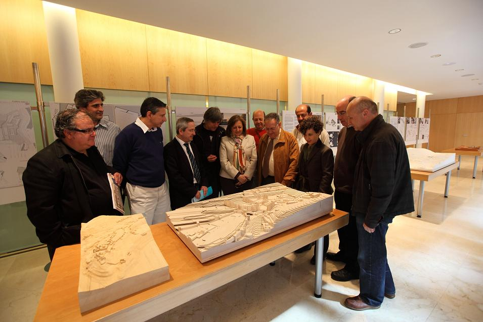 El Colegio Oficial de Arquitectos de Granada muestra las ideas ganadora y finalistas del concurso 'Atrio de la Alhambra'