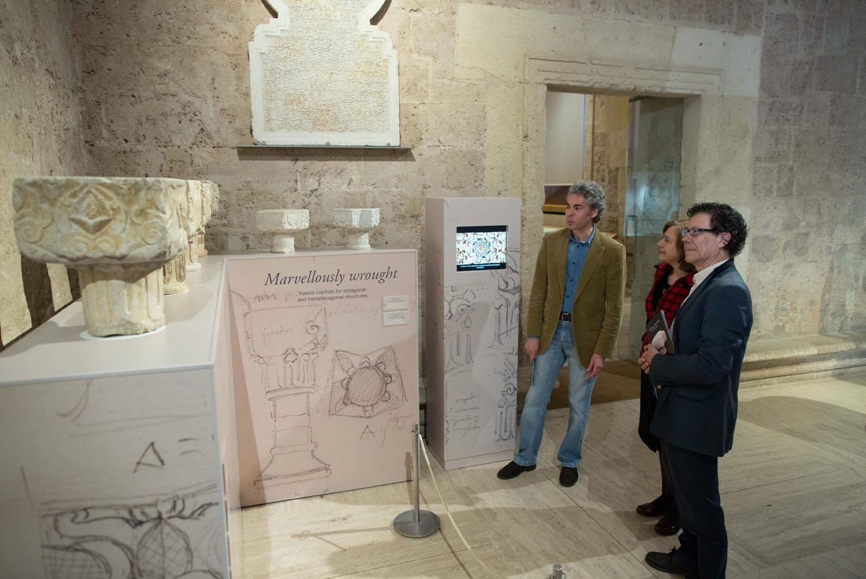 """El Museo de la Alhambra exhibe una colección de capiteles nazaríes """"Labrados a maravilla"""""""
