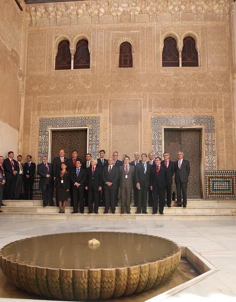 Ministros de Telecomunicaciones y Sociedad de la Información debaten en la Alhambra la nueva estrategia digital