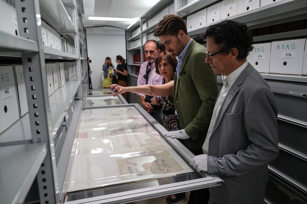 En las 'entrañas' del Archivo de la Alhambra