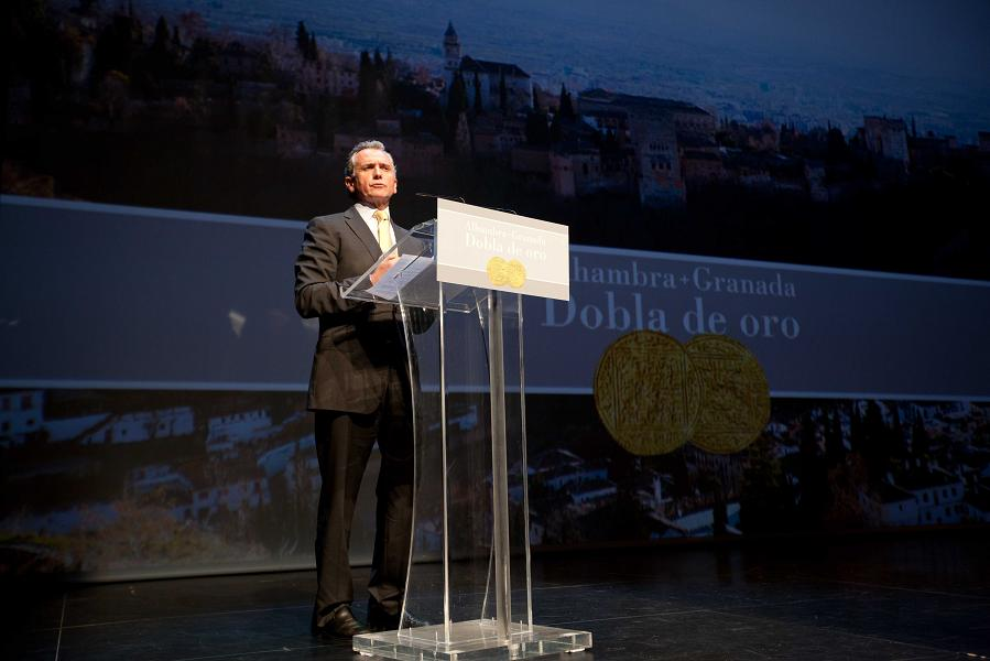 La Consejería de Cultura presenta 'Alhambra, Dobla de Oro', un nuevo recorrido que acerca el Monumento a la ciudad