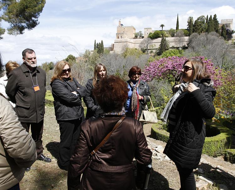La Alhambra celebra el Día Internacional de los Monumentos con una gran participación en las visitas guiadas y gratuitas por espacios del Recinto