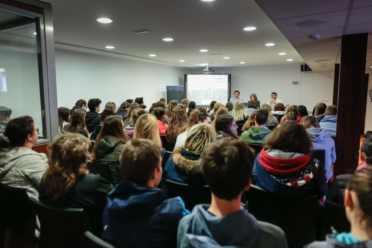 La Alhambra acoge un encuentro entre estudiantes europeos Erasmus + sobre la eficiencia energética