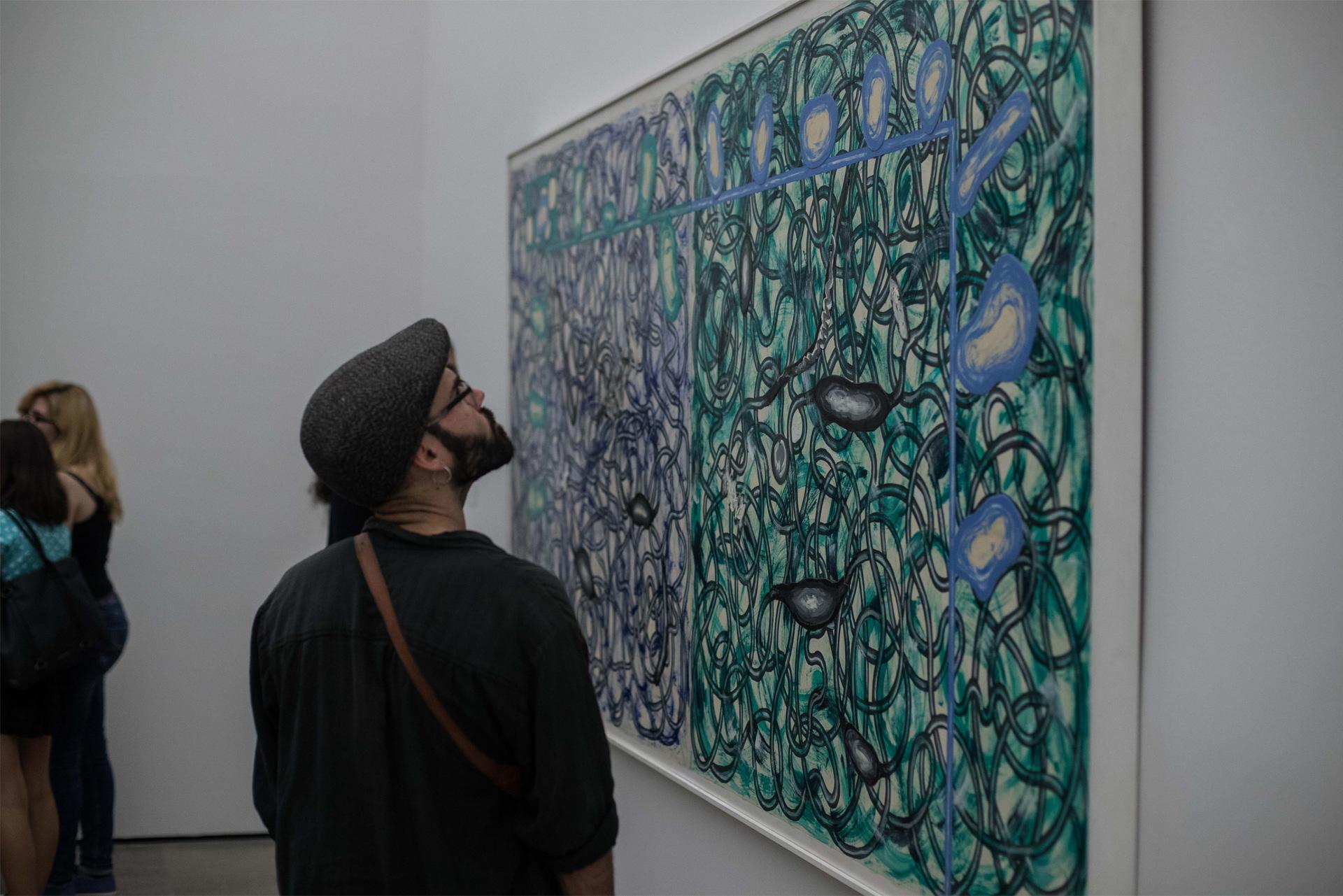 Más de 15.000 personas visitan la exposición dedicada al artista contemporáneo Luis Gordillo en la Alhambra