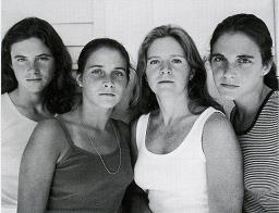 Nicholas Nixon. Las hermanas Brown 1975-2008