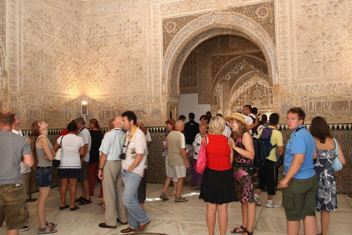 El Patronato de la Alhambra y el Generalife ofrece a los granadinos visitas gratuitas y con guía todos los domingos