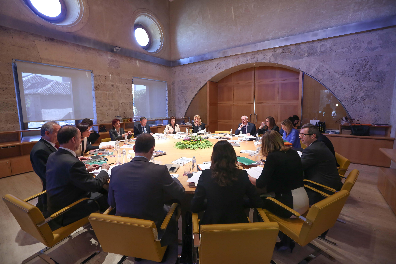 Europa mira a la Alhambra