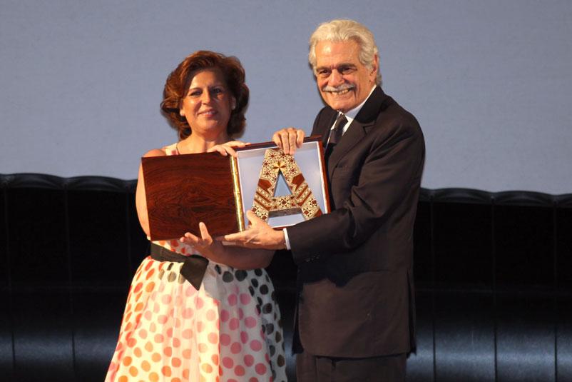Omar Sharif recibe el premio Alhambra de Honor en la inauguración del Festival Cines del Sur