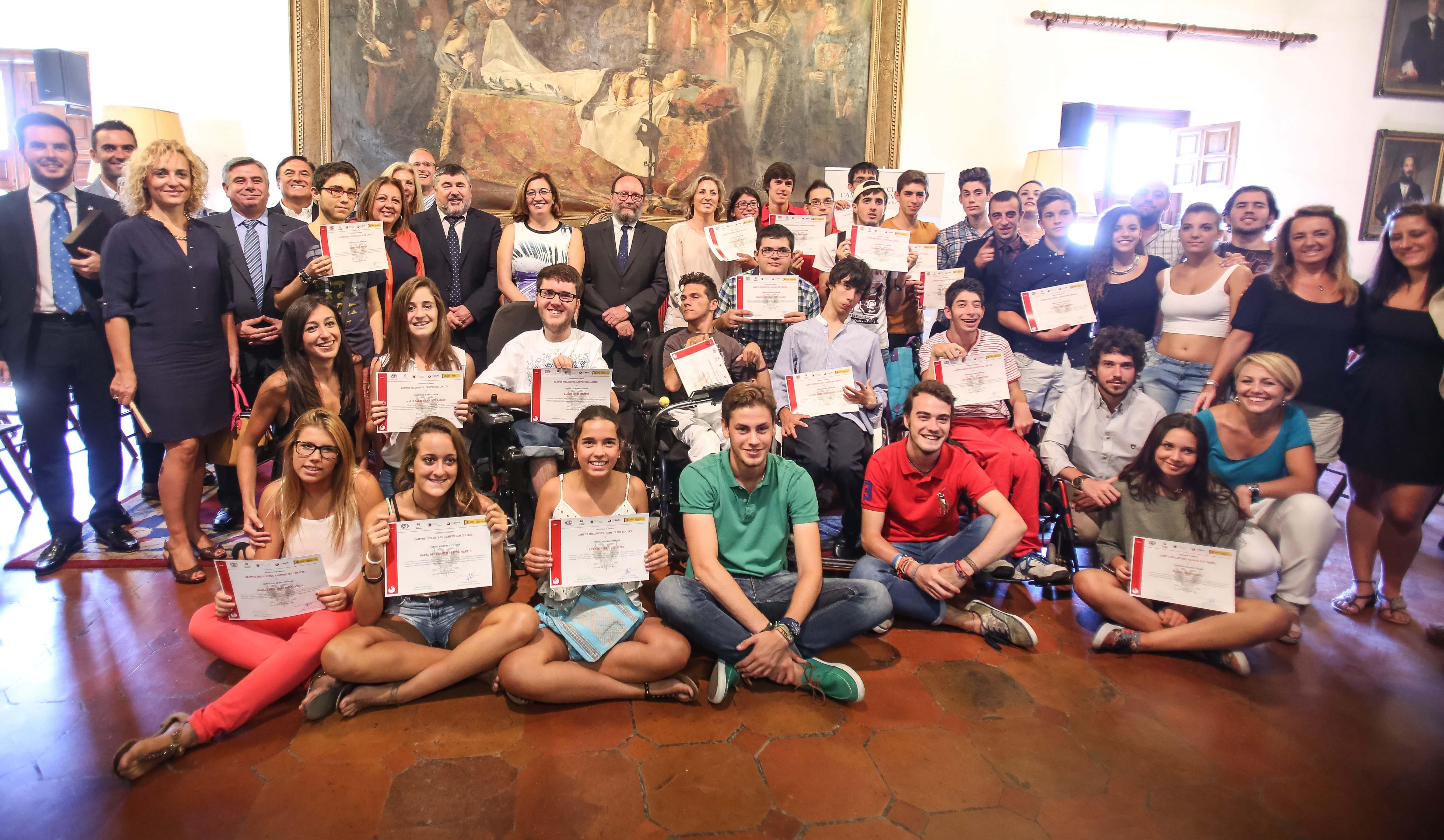 La Alhambra, distinguida por la Universidad de Granada por su participación en los 'Campos inclusivos de verano. Campus sin límites'