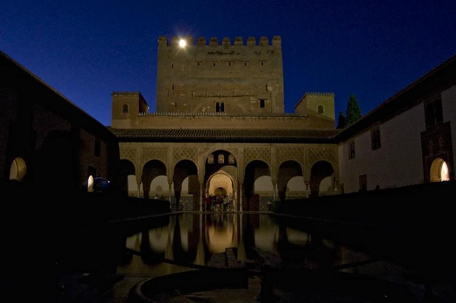 El Patronato de la Alhambra y Generalife amplía el itinerario de la visita nocturna a los Palacios Nazaríes