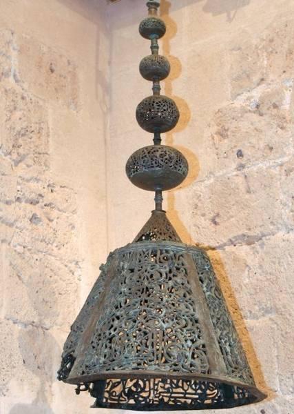 Lámpara de la mezquita mayor de la Alhambra