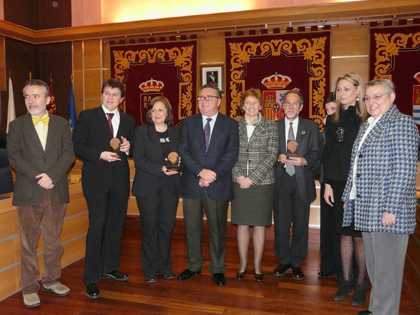 """El libro """"Los Reyes Católicos y la Alhambra"""", Premio Internacional de Investigación Historiadora Luisa Isabel Álvarez de Toledo"""