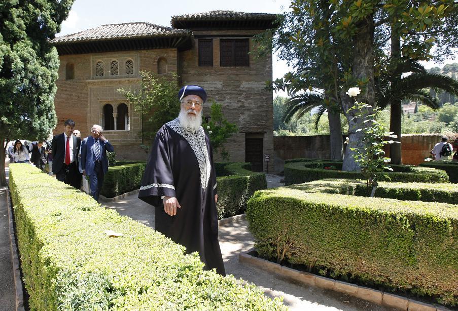 El gran Rabino Sefardí de Israel visita la Alhambra