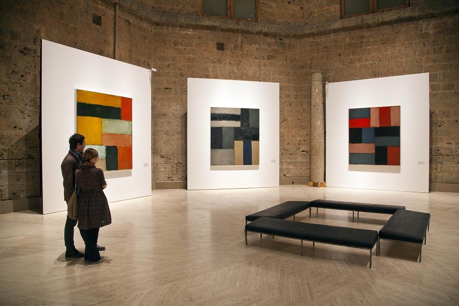 Más de 30.000 personas visitan la exposición Sean Scully: Luz del Sur en el Palacio de Carlos V de la Alhambra