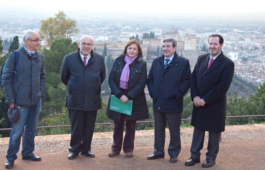 García Garrido visita la Silla del Moro y destaca la apuesta del Gobierno por el patrimonio cultural de Granada
