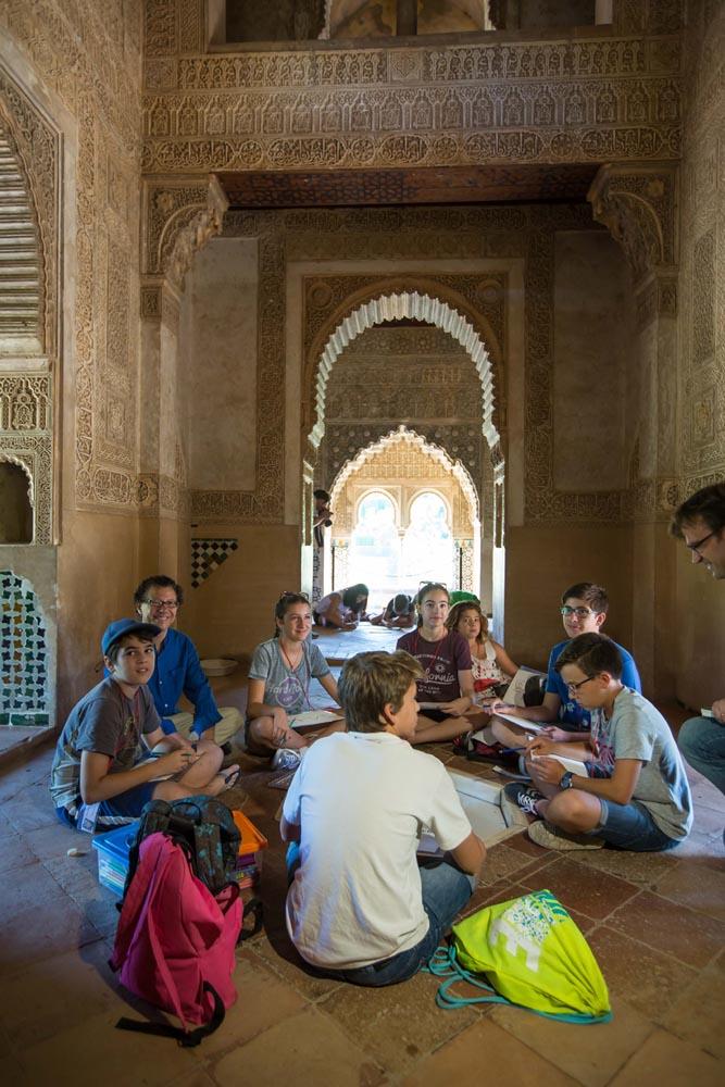 Los niños, protagonistas del verano en la Alhambra