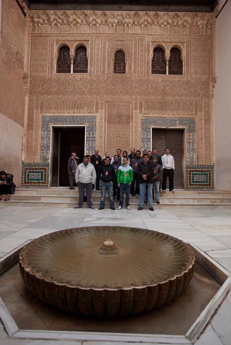 """Residentes del CIS """"Matilde Cantos Fernández"""" visitan la Alhambra"""