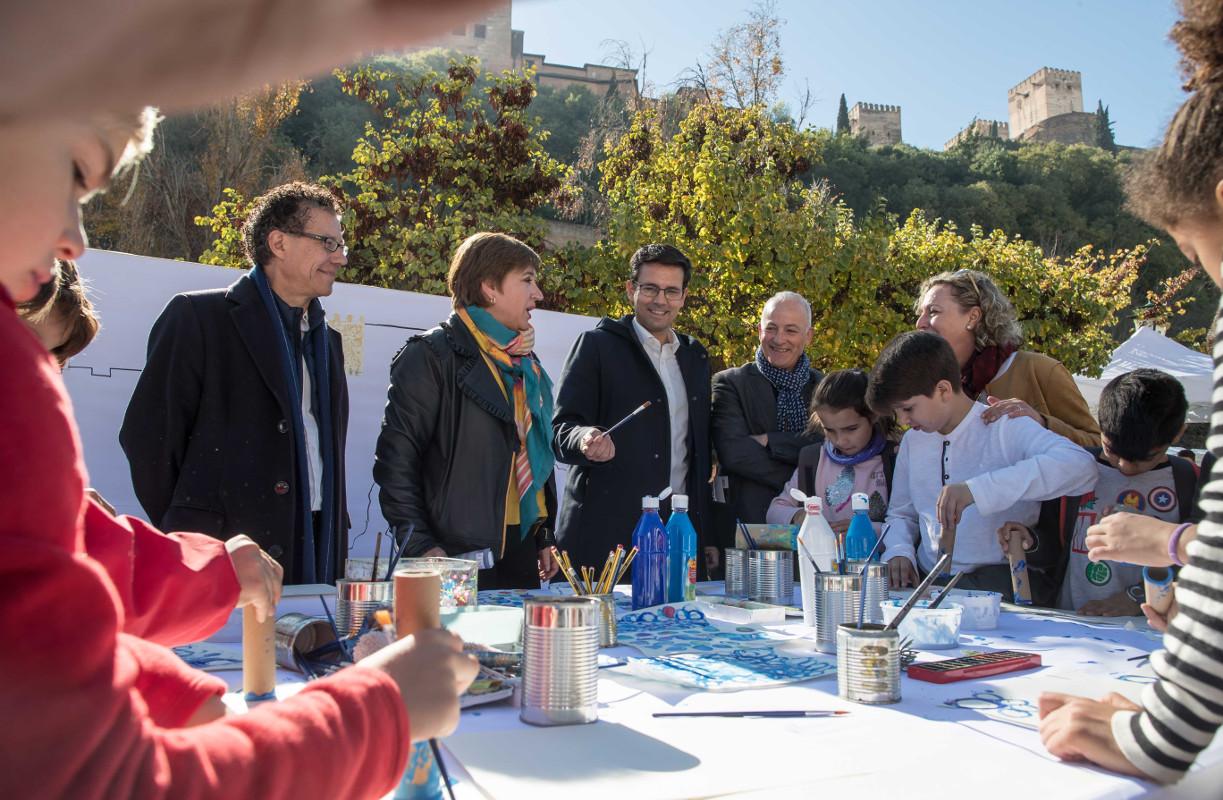 Medio millar de escolares disfrutan del Día del Patrimonio con talleres de artes plásticas y teatro