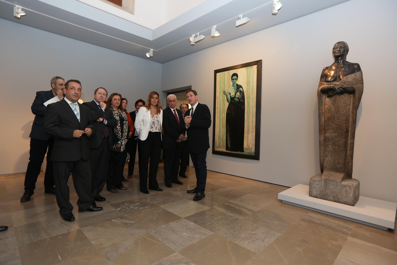 La presidenta de la Junta presenta en la Alhambra la exposición dedicada al escultor andaluz Juan Cristóbal