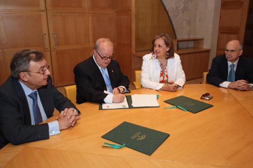 El Patronato de la Alhambra firma un convenio de colaboración con el Colegio de Economistas