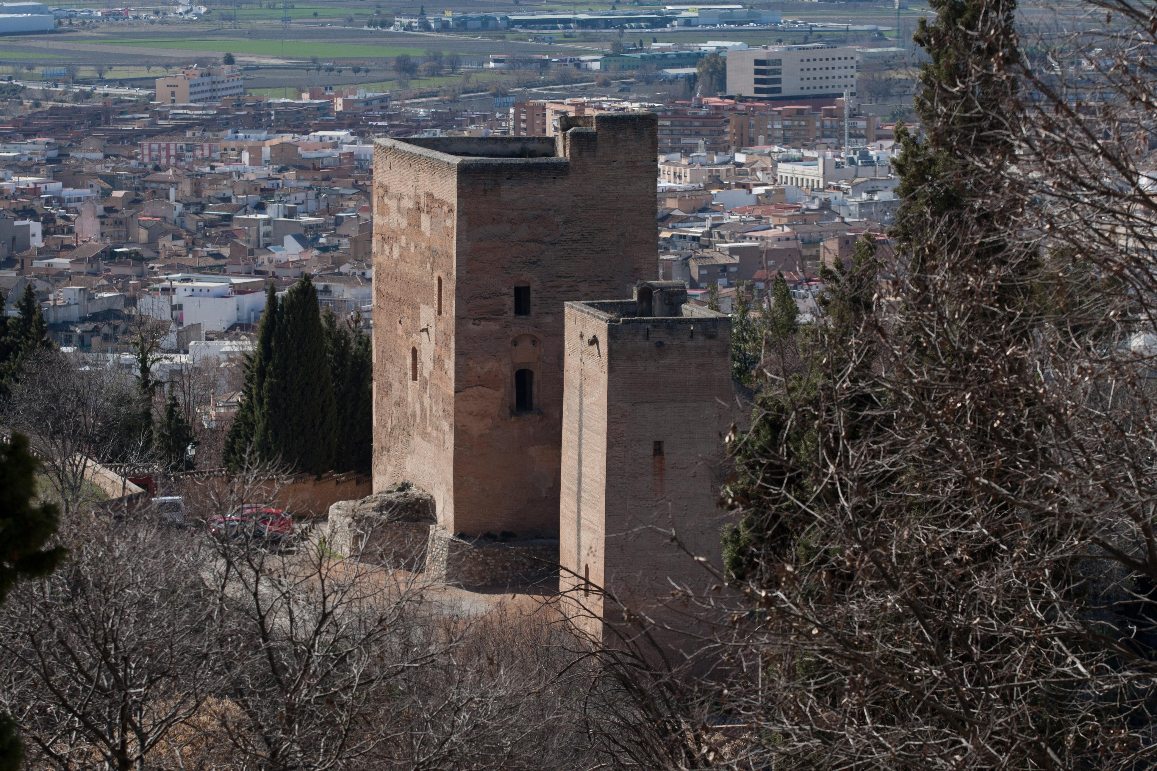 La Alhambra inicia la licitación para las obras de consolidación y conservación de Torres Bermejas para su futura apertura al público