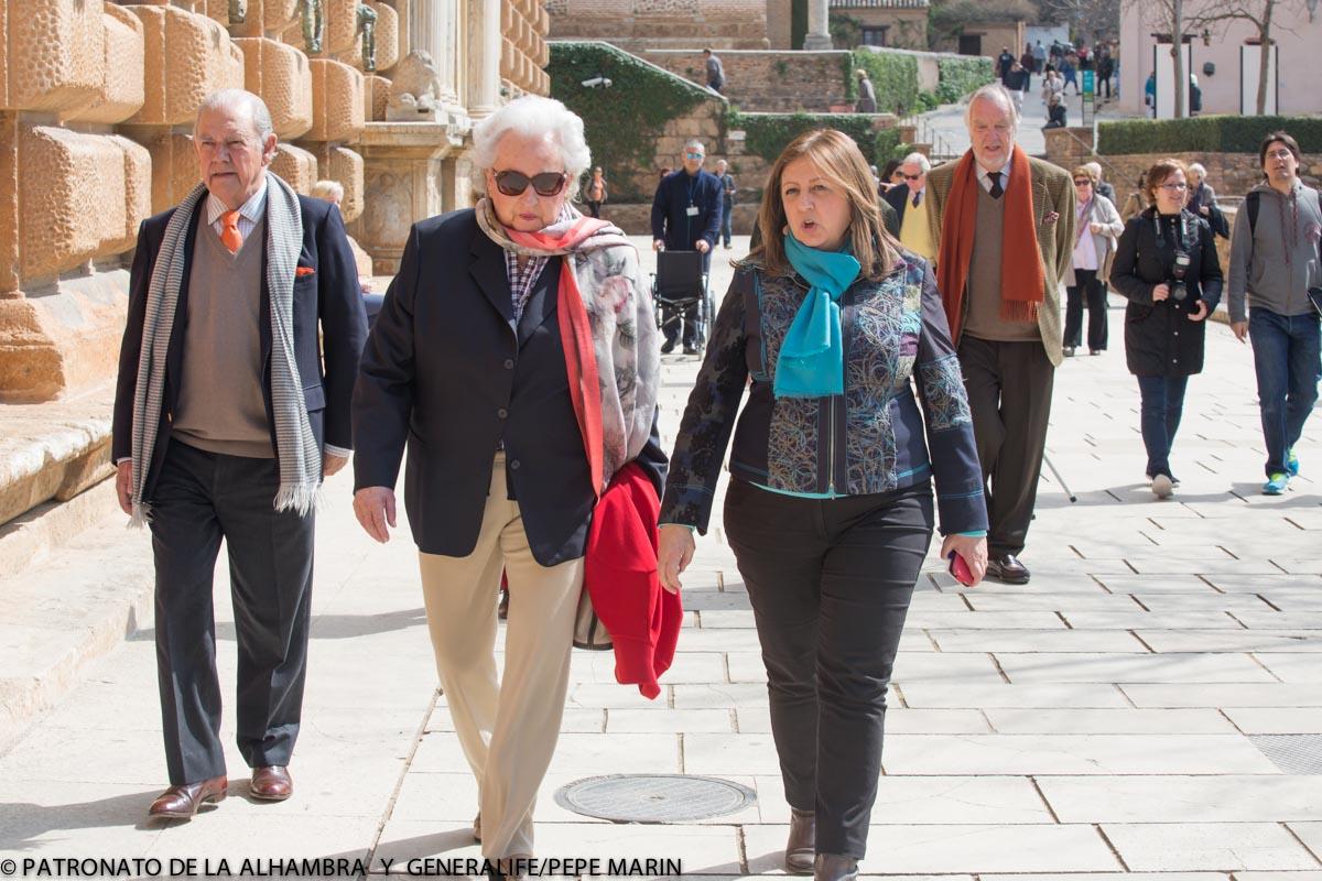 La Infanta Pilar, fascinada por visitar de nuevo la Alhambra