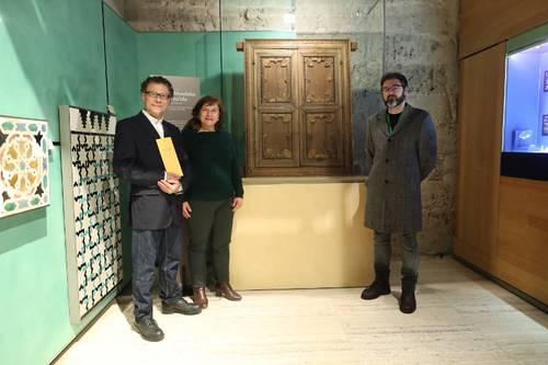 El Museo de la Alhambra exhibe como pieza invitada la Ventana del Generalife, Dar al-Mamlaka al-Saida