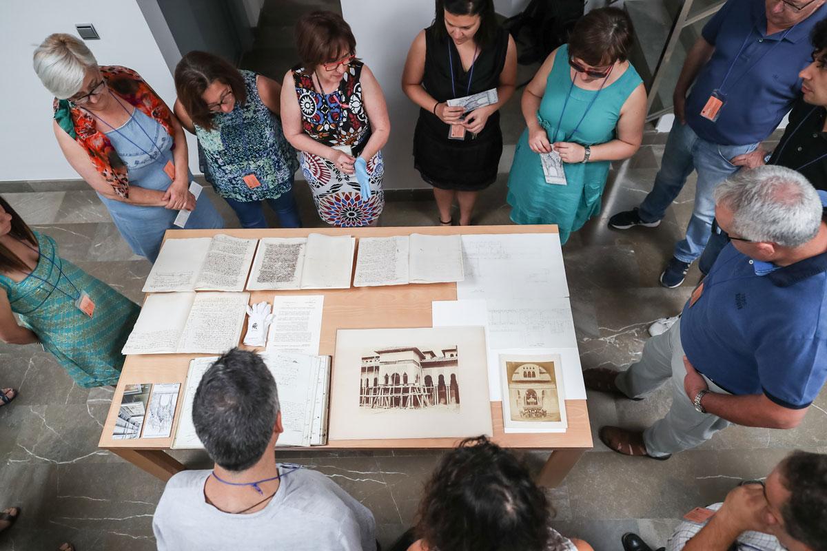 La Alhambra organiza visitas guiadas gratuitas para mostrar sus fondos el Día Internacional de los Archivos