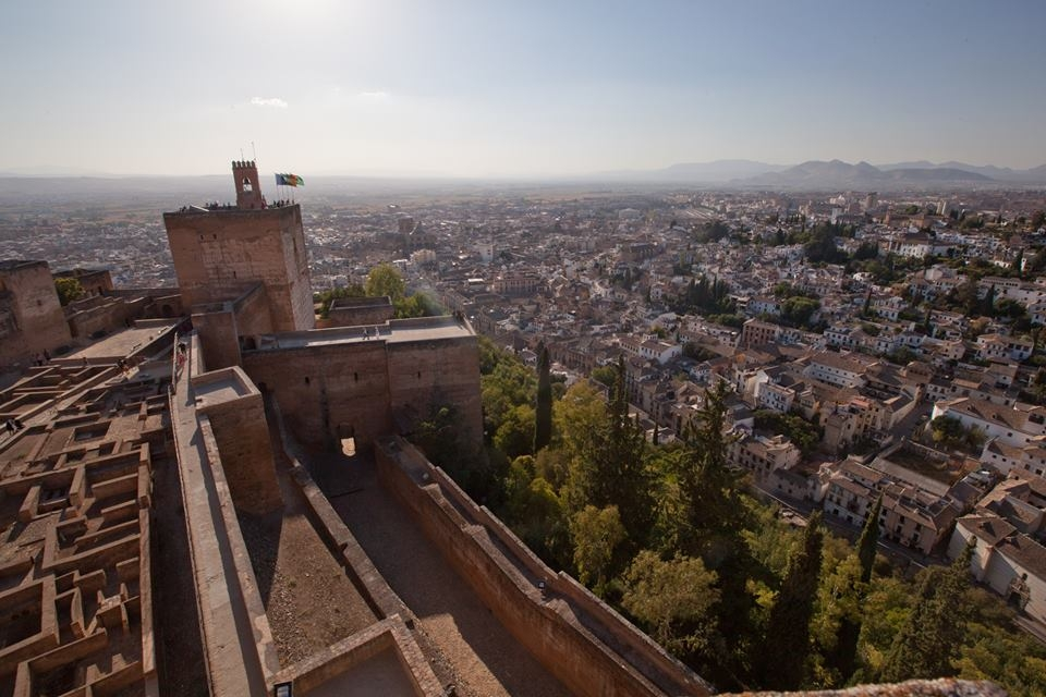 The Alhambra celebrates World Heritage Day with free admission to the Alcazaba, the Torre de la Vela and educational workshops for children