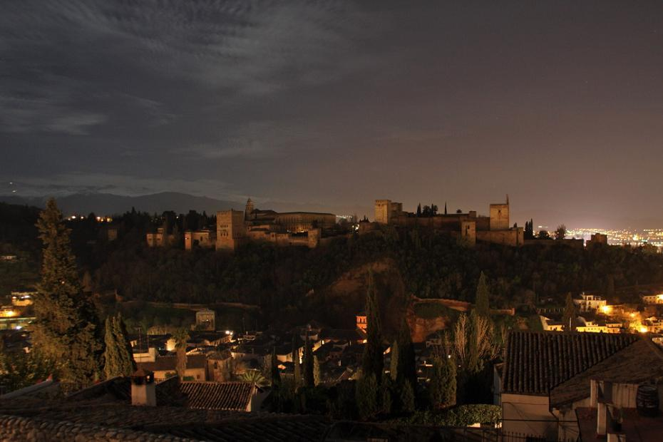 The Alhambra joins to the 'Earth Hour'