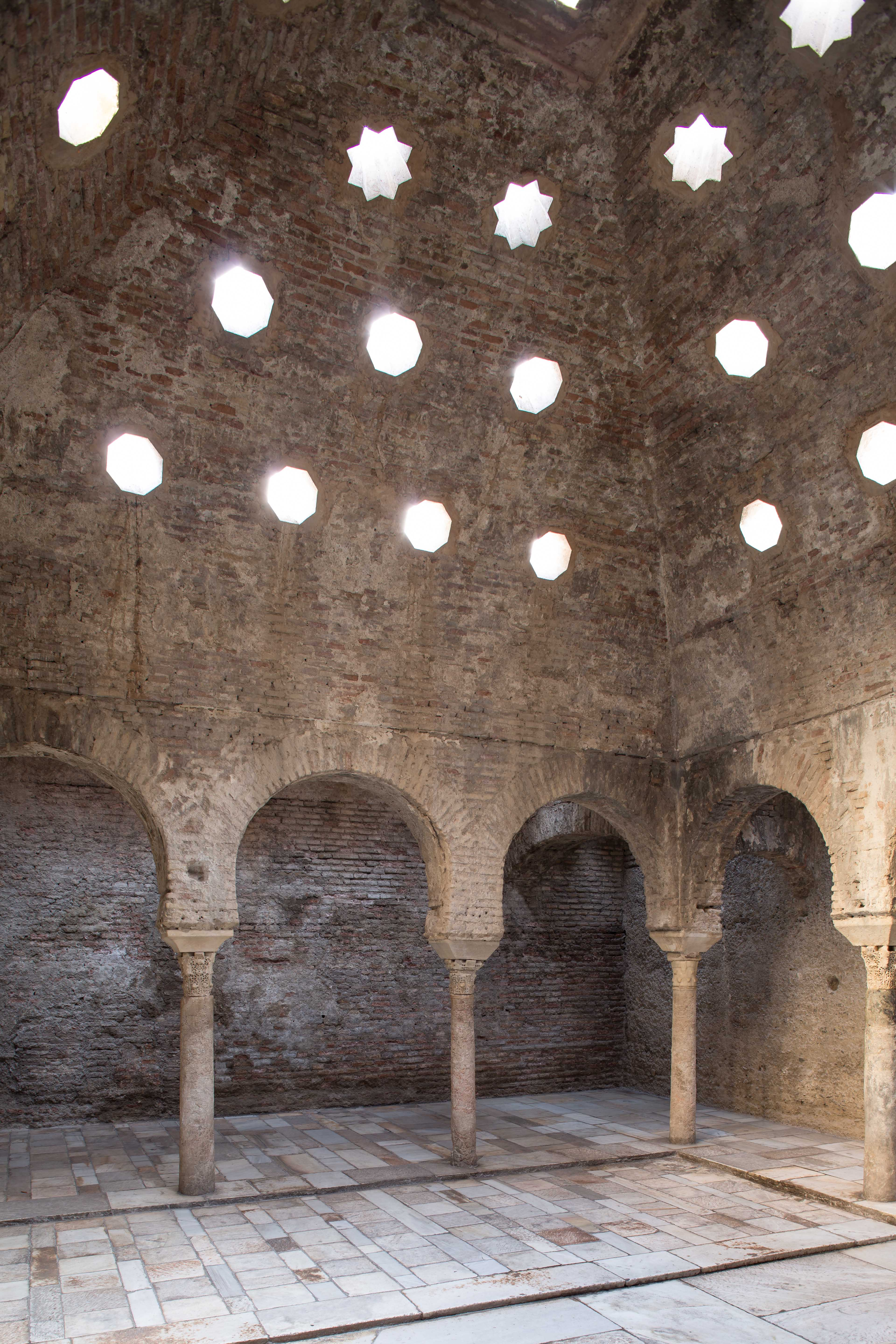The Alhambra improves the accessibility of the Bañuelo