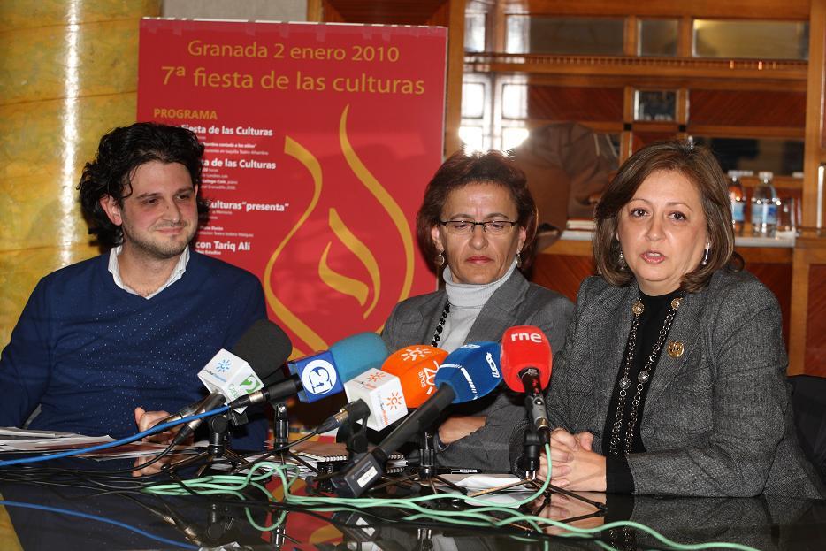 Tariq Ali, winner of the Granadillo Award in the 7th Festival of Cultures