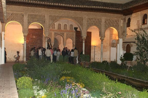 The Patronato de la Alhambra organizes the III open days with a night visit across the Generalife