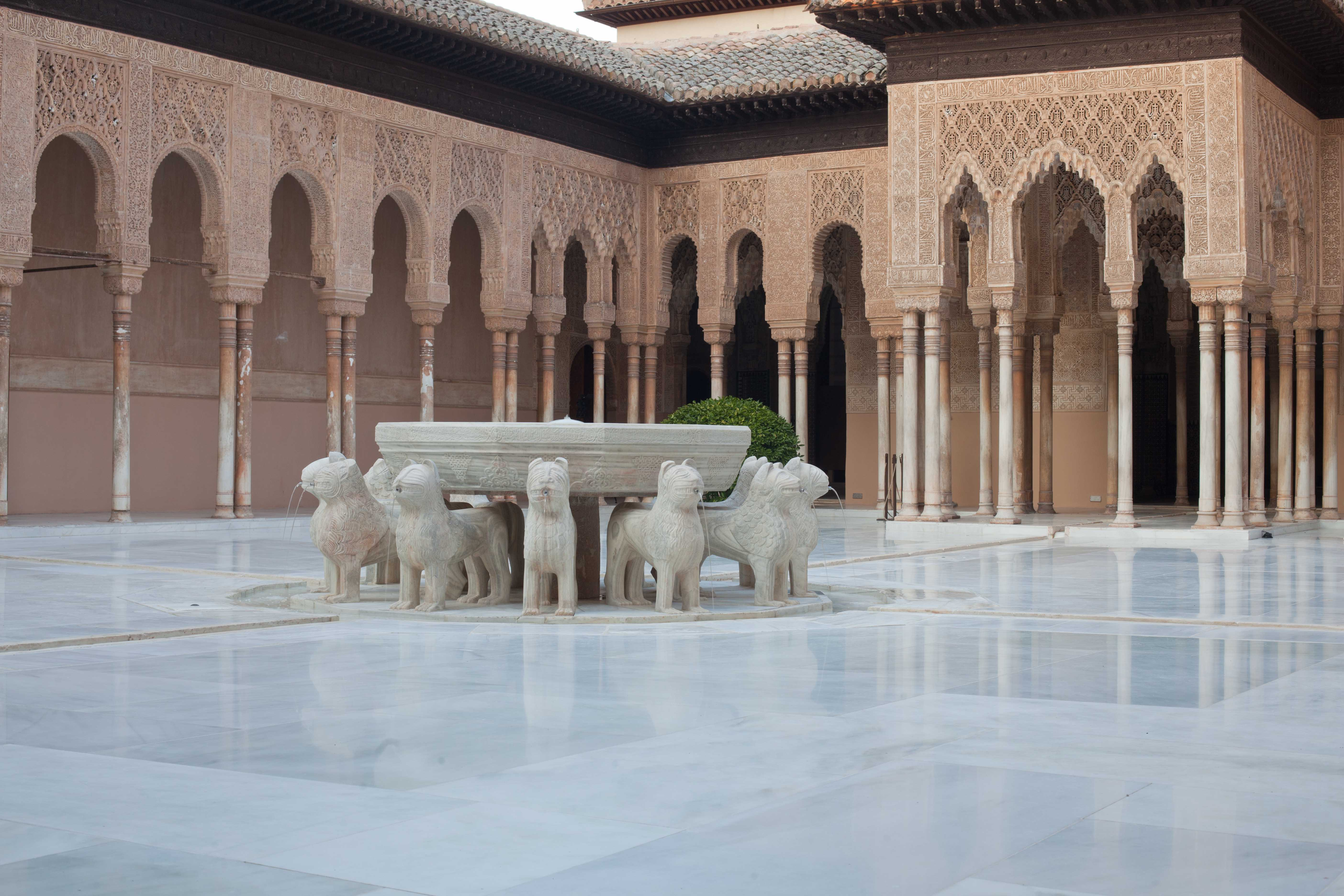The Alhambra awarded a prize by the European Union for the restoration of the Court of the Lions