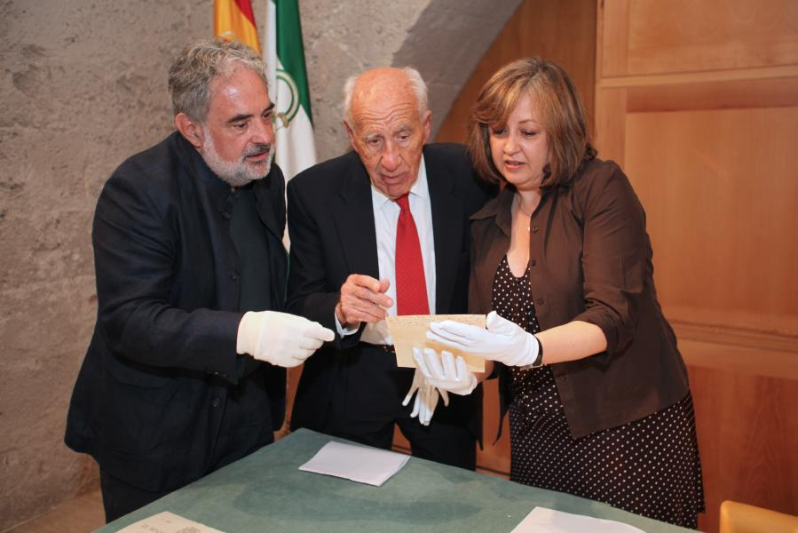 The Patronato de la Alhambra acquires the collection from the legacy of the architect Leopoldo Torres Balbás