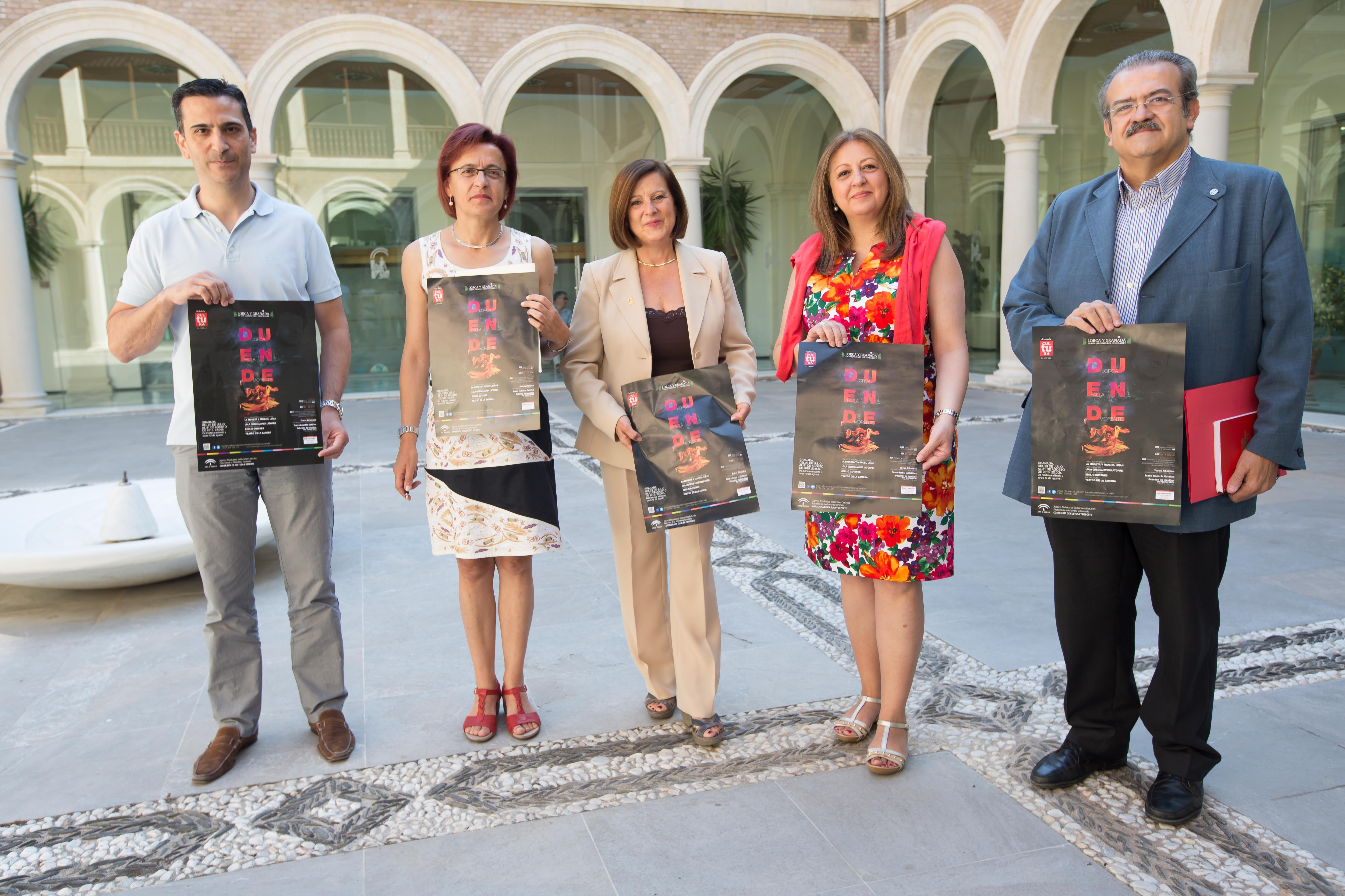 The Regional Government reaches an agreement with hoteliers to increase the number of nights tourists spend in the city through the Lorca and Granada programme