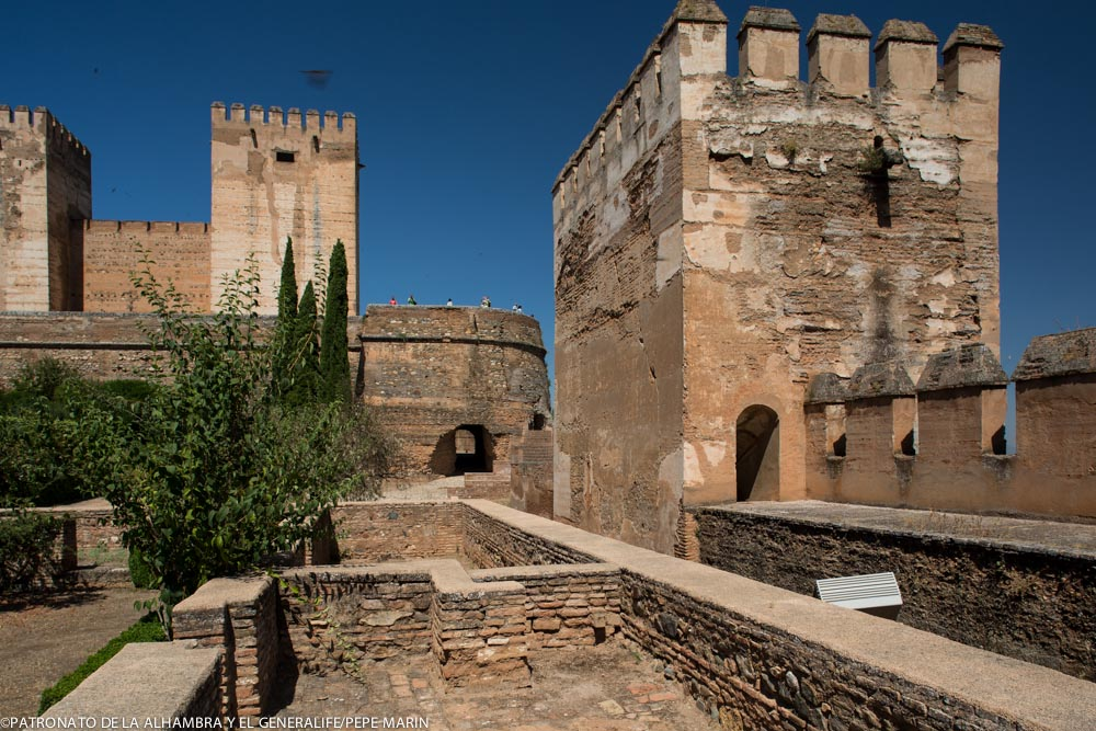 A 3-D panoramic view of the Alhambra using the latest technology