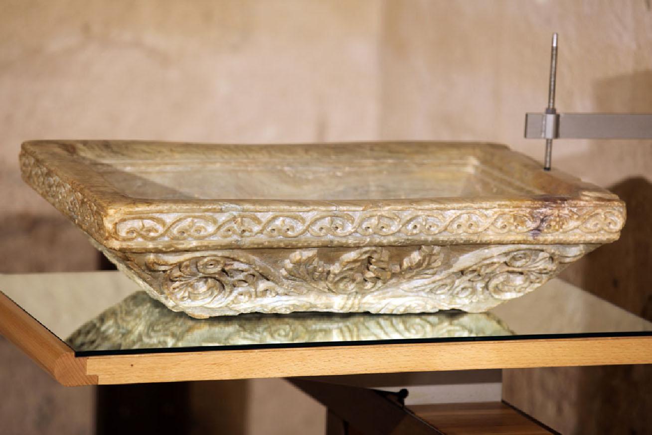 Coffin-Shaped Basin from Dār al-Nāūra