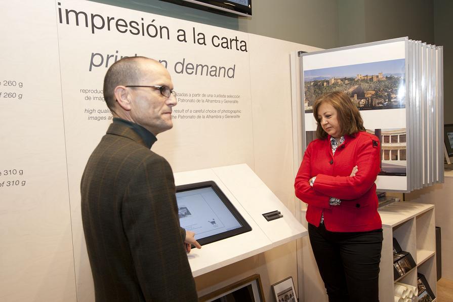 Art à la carte to bring back home the best souvenir of the Alhambra