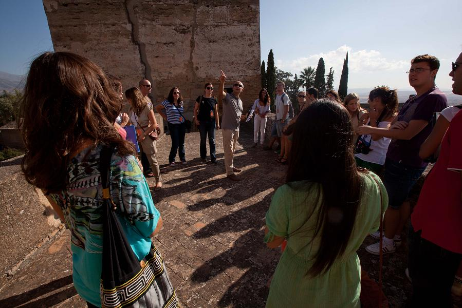 Poetry reaches the Alhambra in the autumn
