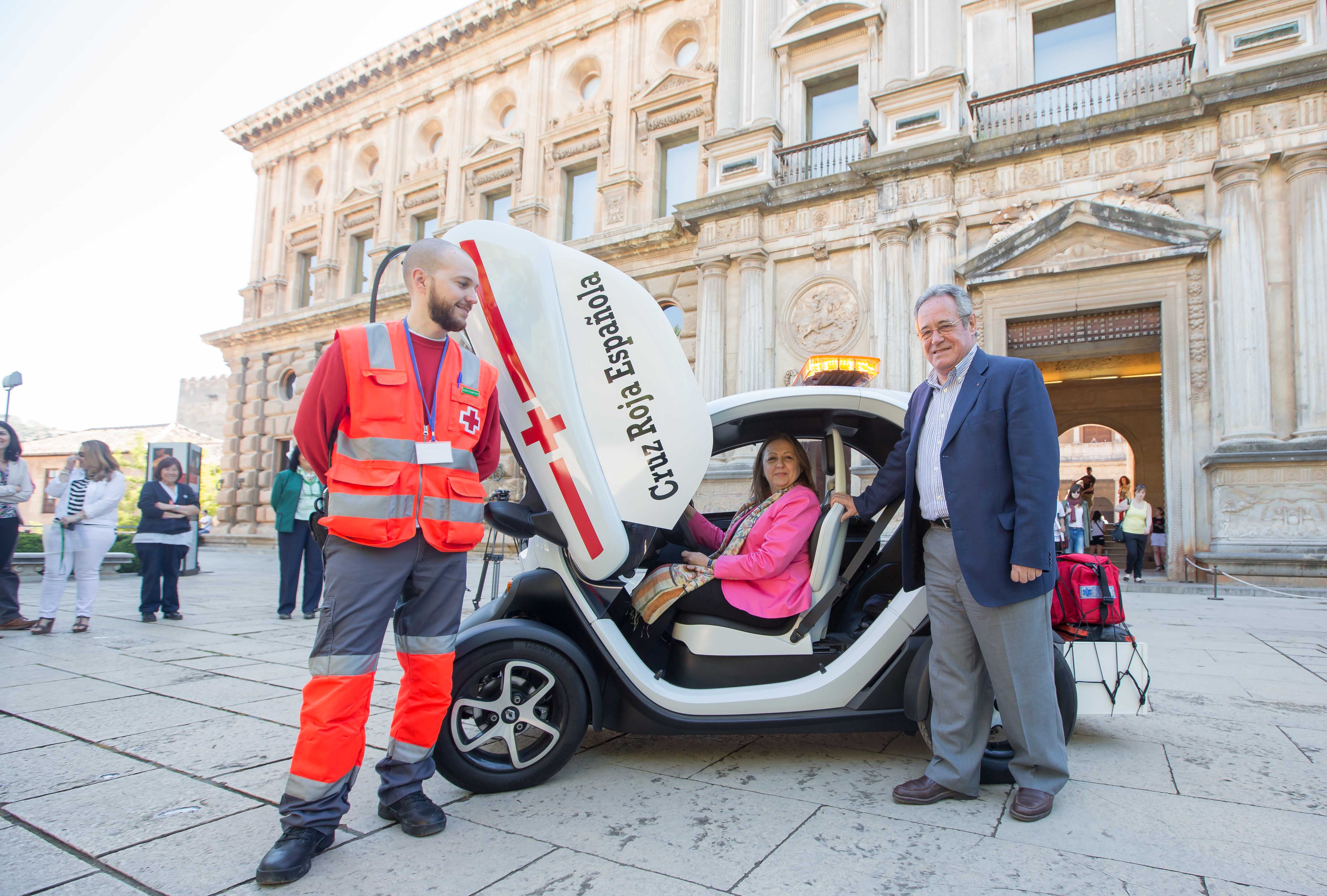 The Alhambra and the Spanish Red Cross in Granada are strongly committed to the protection and provision of health care to visitors and employees of the Monument.