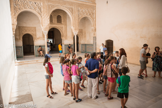 A summer to discover the Alhambra through the eyes of children and young people