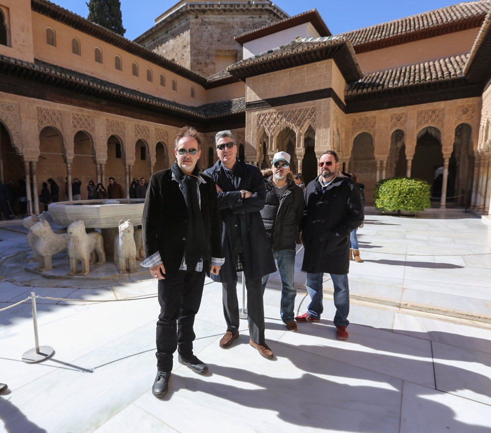 Loquillo, a stroll around the Alhambra