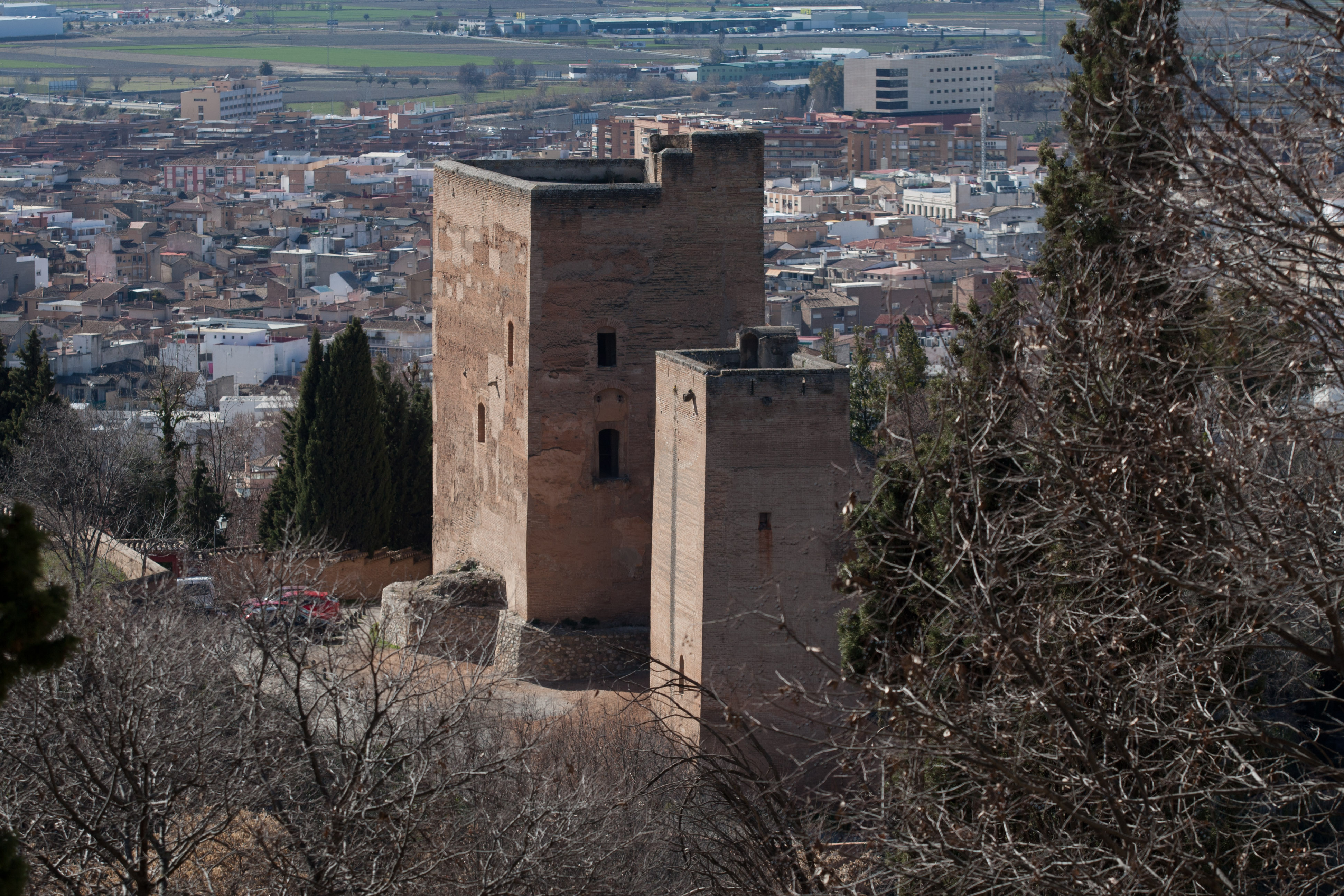 The alhambra opens the tendering process for consolidation and conservation work on the torres bermejas to open them to the public in the future