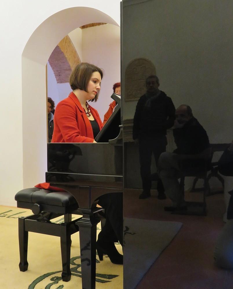 Concierto de piano en el museo de la Alhambra