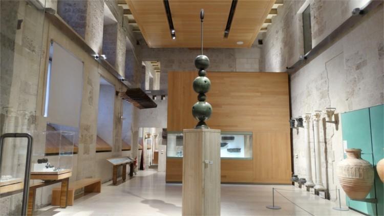 Sala del Museo de la Alhambra