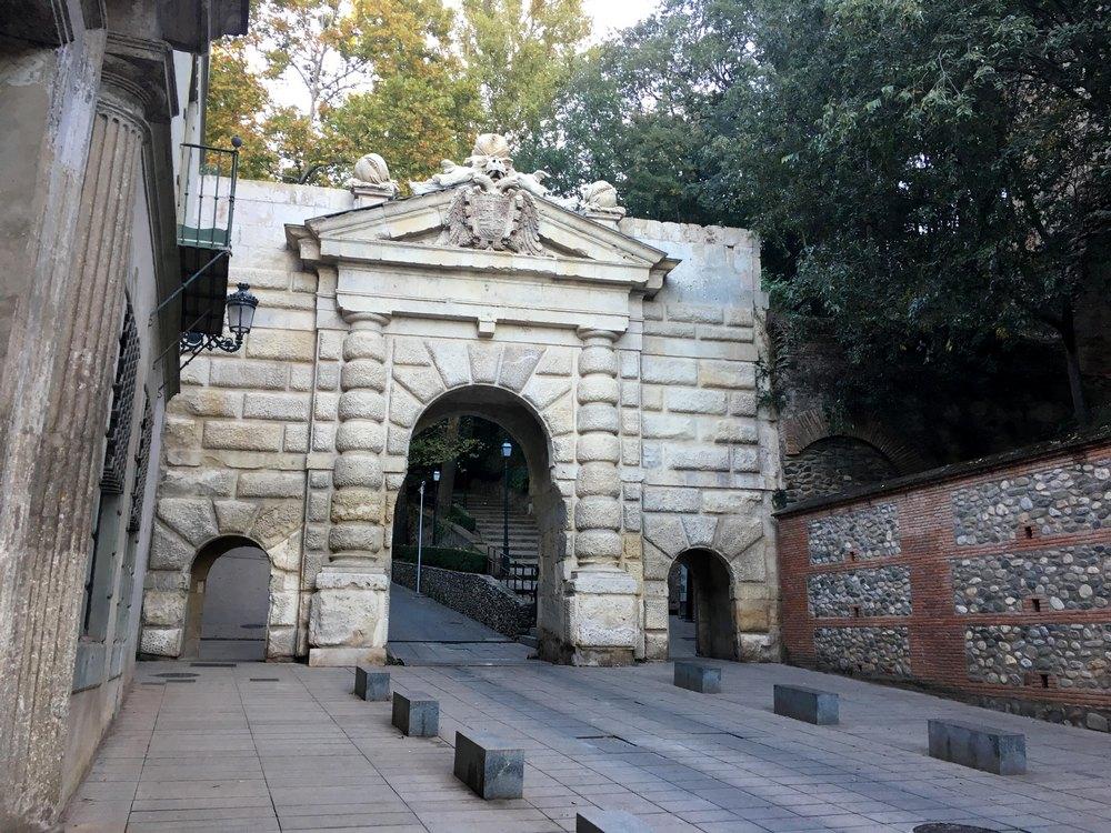 Cuesta de Gomerez en Puerta de las Granadas