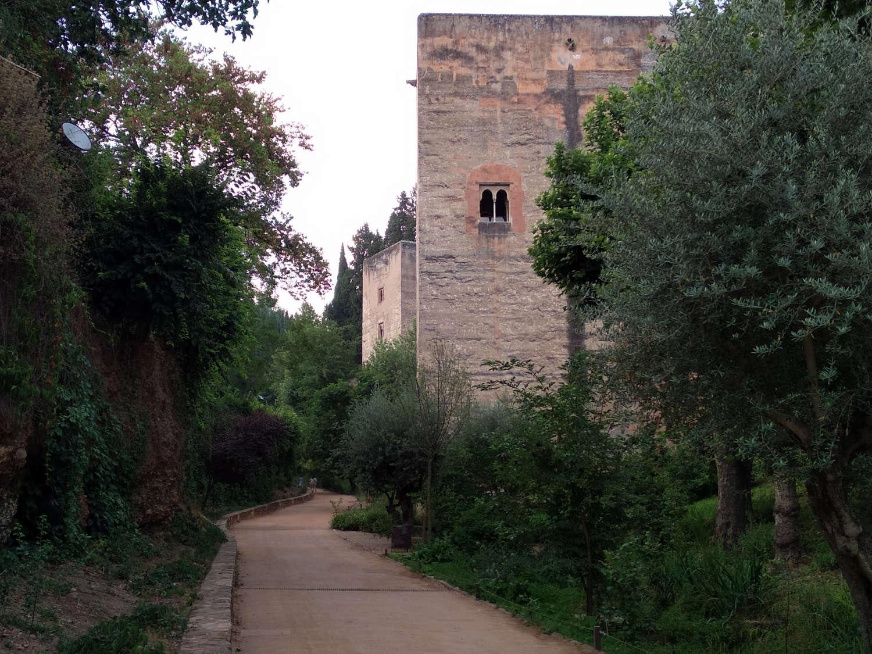 Tres caminos históricos que llevan a la Alhambra